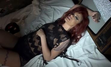 VIDEO: Milica Pavlović u kavezu