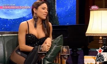 VIDEO: Sandra Afrika u emisiji Ami G show bez gaćica