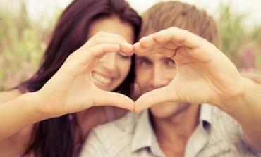 TABELA: Otkrijte kako se slažu pojedini znakovi horoskopa u ljubavi