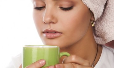 Sa zelenim čajem do svježeg lica