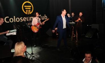 Neno Murić oduševio publiku za Dan žena u Coloseum Clubu