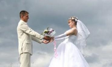 U brak se ulazi sve rjeđe i sve kasnije