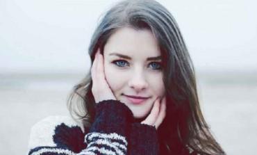 12 tajni istinski neodoljivih djevojaka: Evo kako da ga navedete da odlijepi za vama!