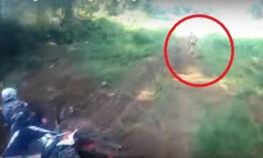 MOŽDA NISMO JEDINA LJUDSKA VRSTA NA ZEMLJI: U Indoneziji naletjeli na misterioznog domoroca (VIDEO)