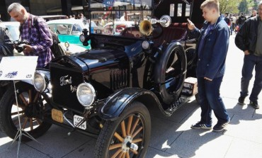 'Ford T' star 100 godina na izložbi oldtimera u Sarajevu (FOTO)