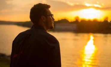 Kad ti muškarac okrene leđa: 5 razloga zbog kojih će on da te ostavi
