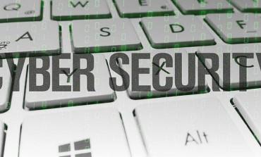 Otkrivena najopasnija osoba na Internetu! Zbog nje možete da zakačite virus (FOTO)