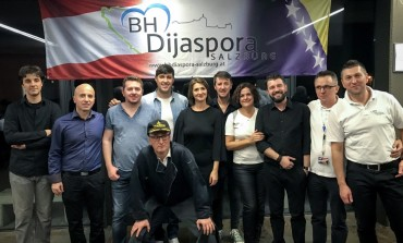 Bosanci i Hercegovci širom BiH i dijaspore jučer su prigodnim programima obilježili Dan državnosti BiH.