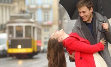 Šta nam se sve događa kada smo zaljubljeni?