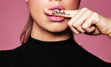 Deset laži koje izgovaraju žene koje se plaše ljubavi