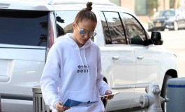 FOTO Jennifer Lopez u tajicama pokazala raskošnu guzu i bokove