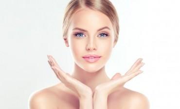 Hidrira, hrani i spriječava crvenilo: Maska za zimsku njegu kože lica