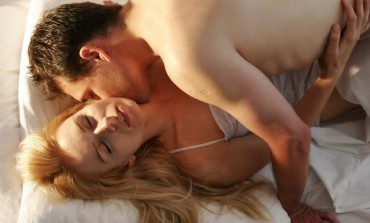 5 stvari koje ON radi tokom seksa, a koje upućuju na prevaru!