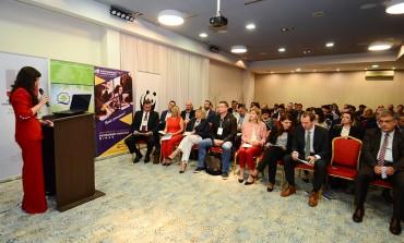 Uspješno završena konferencija u Bihaću: Preko stotinu učesnika i učesnica iz BiH i svijeta okupilo se u gradu na Uni