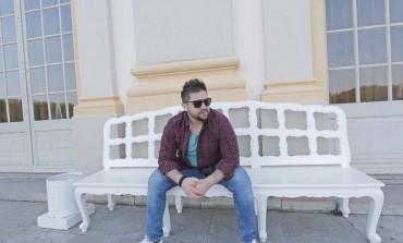 """Dino Osmić se sa """"Sudbinom"""" vraća na estradu: Priča o ljubavi dobila epilog ekranizacijom u Tuzli, Srebreniku i Minhenu"""