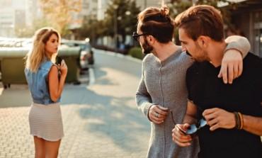 Zašto muškarci stalno gledaju druge žene?