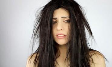 Ovo stalno RADITE nakon pranja, a može OZBILJNO da OŠTETI kosu!