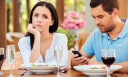 Kontakt s bivšim - da ili ne? Stručnjaci progovorili na tu temu