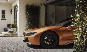 BMW ima reklamu sa direktorom Mercedesa - I GENIJALNA JE