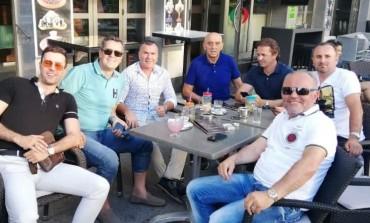 Prijatelji iznenadili selektora Šumana u Beču - Na proslavi zapjevao i Enes Begović