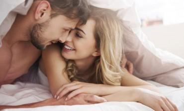 """Pričajte """"prljavo"""" u krevetu bez stida: Evo načina kako da to uradite"""