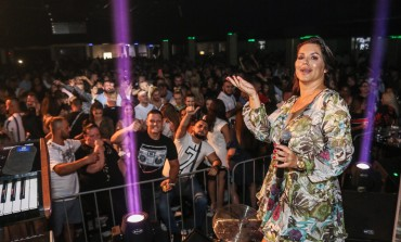 Seka Aleksić nastupila u punom My Faceu, večeras luda noć uz Slađanu Mandić
