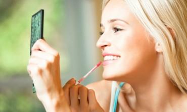 Sjaj za usne - tri inovativna načina nanošenja