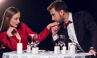Ne budite naivne! Ovo su najčešće LAŽI koje muškarci govore na prvom sastanku!