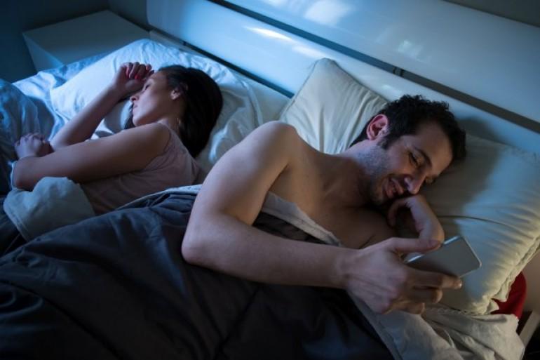 Razlozi zašto čak i ljudi u srećnim vezama varaju