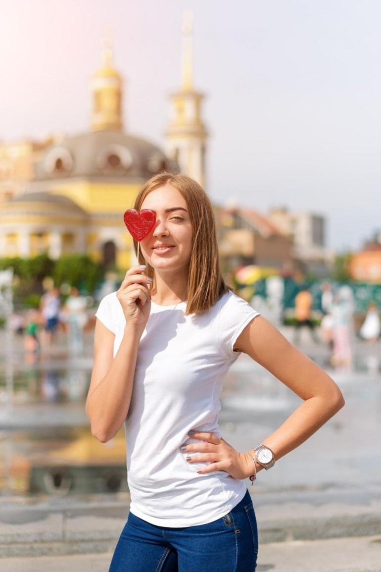 Dnevni horoskop za 15. novembar: Bikovi, nova ljubav dolazi potpuno NEOČEKIVANO!