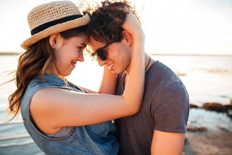 Dnevni horoskop za 17. septembar: Vage, možete da očekujete posvećenost i pažnju od strane voljene osobe