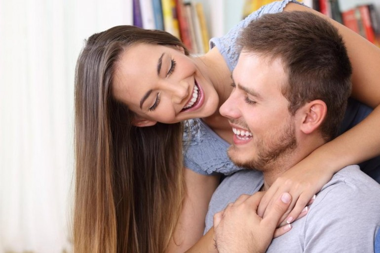 DNEVNI HOROSKOP ZA 7. OKTOBAR: Lavovima predstoji upoznavanje s idealnim partnerom, Djevice bi trebalo da obrate pažnju na kožu