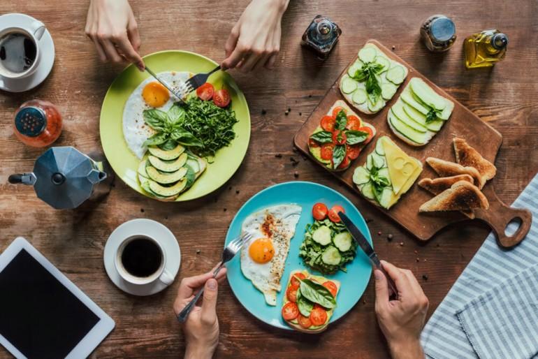 Šta jesti ujutru, a šta uveče ako želite zdravo da mršavite?