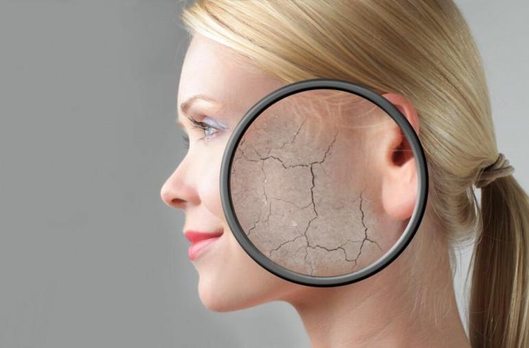 Šta se zapravo događa vašoj koži ako ne uklonite šminku prije spavanja?