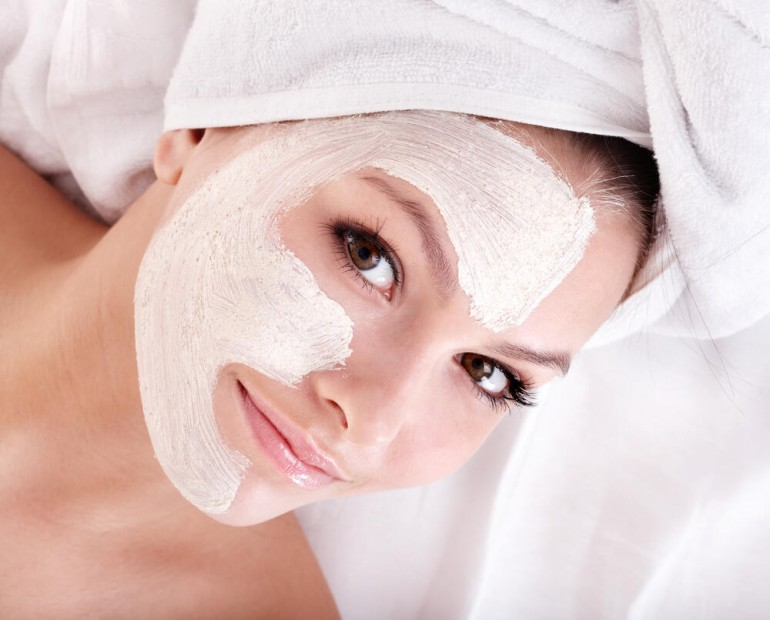 Napravite sami: Efikasne maske za sužavanje pora od prirodnih sastojaka koje sigurno imate u kuhinji!