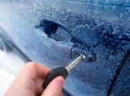 Trikovi za lakše skidanje leda sa automobila