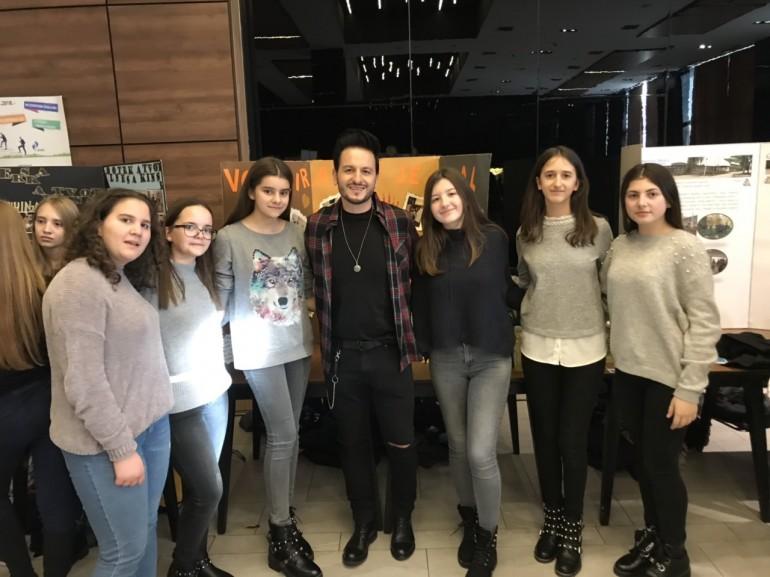 """Osma Galerija volonterizma, završna manifestacija projekta  """"Volontiranje je cool!"""", danas na Ilidži okupila 200 volontera iz cijele BiH"""