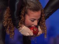 SIMON COWELL SE PRESTRAVIO: Nastup ove djevojčice od gume najbolesnija je stvar koju ćete danas vidjeti
