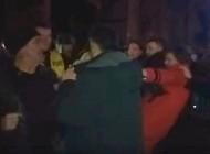 Tifa Islamoviću opsovao majku, a onda su se potukli (VIDEO)