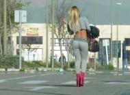 33 fotografije prostitutki na radnom mjestu