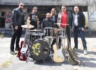 """""""Komuna"""" u četvrtak objavljuje pjesmu na kojoj je radio producent """"Led Zeppelina"""" i U2-a"""
