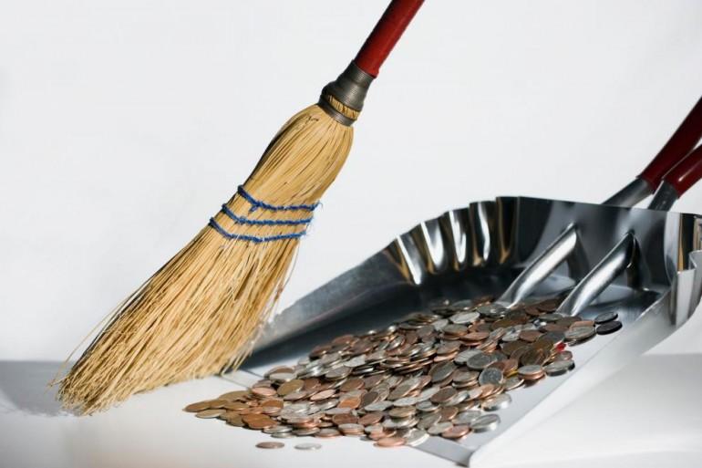 AL' JE MRZI! Isplatio je bivšoj supruzi alimentaciju u kovanicama teškim 900 kilograma!