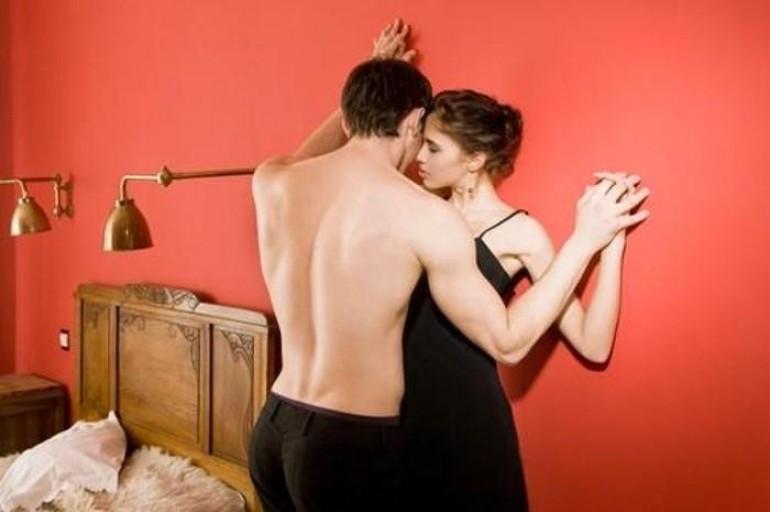 RECEPCIONERKA OTKRIVA GADOSTI: Hotel u kom radim je oaza za preljube, svingere i PERVERZIJE…