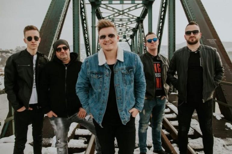 Pozitiva Band: Zeničani na čijim nastupima publika uživa od prvog do posljednjeg takta!