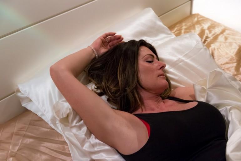 Orgazam je prvi put doživjela u 43. godini, a sada svim ženama sa sličnim problemom otkriva rješenje!