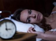 Nema više prevrtanja po krevetu! Pomoću ovih TRIKOVA zaspaćete za MINUT!