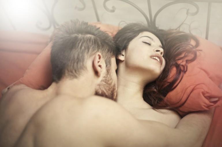 Evo šta omiljena poza u seksu OTKRIVA o vama i partneru!