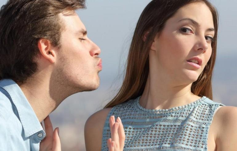 Šta ljubav zapravo radi našem mozgu i zašto su muškarci GORI od žena posle raskida