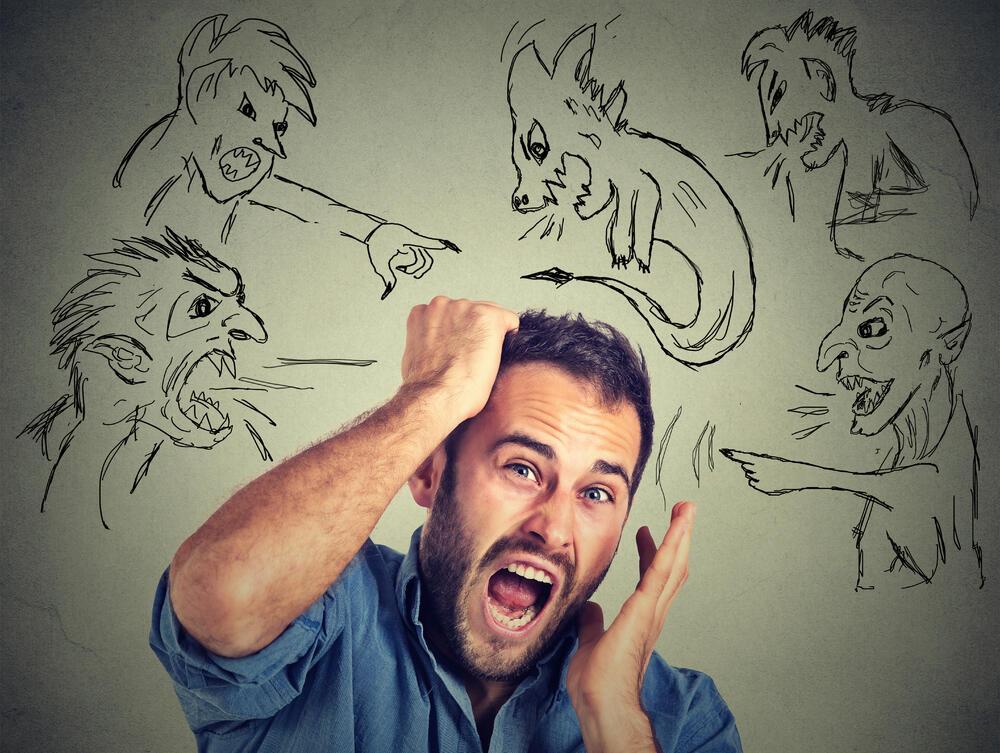 Strah od razgovora tokom večere, strah od  prelaska ulice.. Predstavljamo vam neke od najčudnijih fobija!