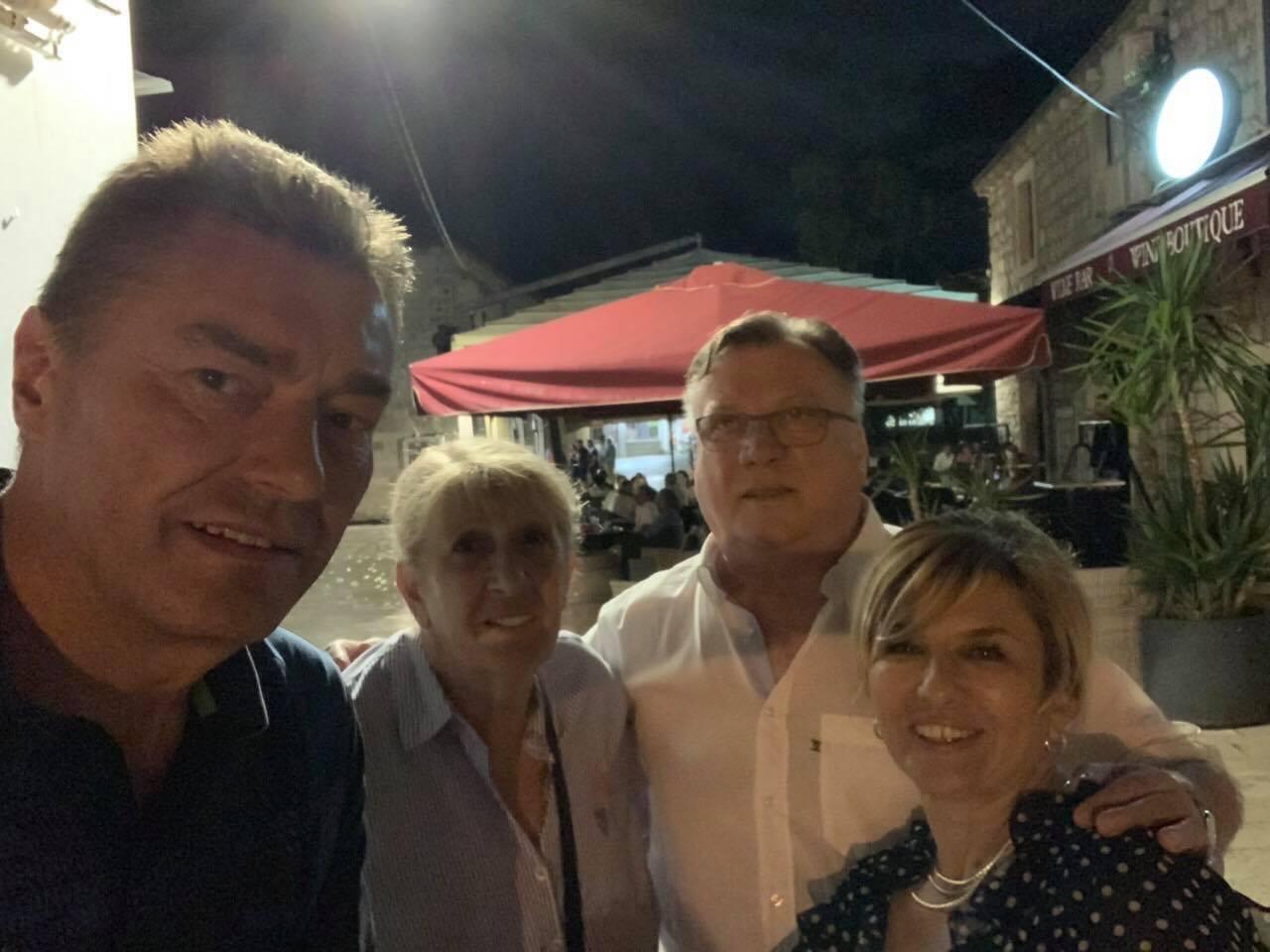 """Halid Bešlić u Neumu """"puni"""" baterije za nove koncerte i snimanje albuma"""
